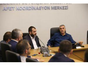 Başkan Toçoğlu, Sakaryaspor yönetimiyle bir araya geldi