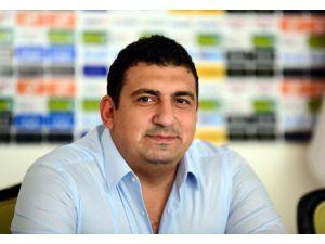 Antalyaspor'un eski yöneticisinden, eski başkan Öztürk'e dava