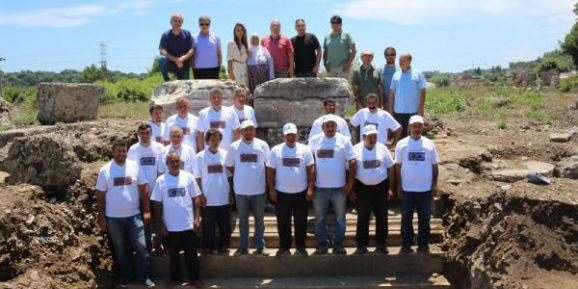 ATAV, Perge'deki kazı çalışmalarını inceledi