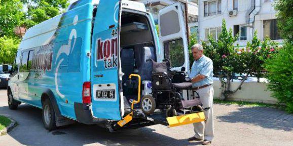 Engelli seçmene araç desteği
