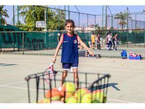 Haydi çocuklar tenise