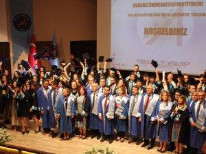 Akdeniz Üniversitesi'nde mezuniyet heyecanı!