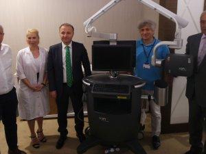 Akdeniz Üniversitesi'ne mikro cerrahi cihazı bağışı