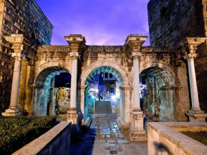 Yivli Minare Ve Hadrinanus Kapısı'nda Festival Heyecanı