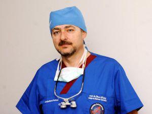Yakın gelecekte ABD'deki doktor, robotla Türkiye'deki hastayı ameliyat edecek
