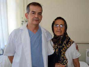 İlk kez uygulanan ameliyatla sağlığına kavuştu