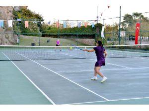 Cumhuriyet Tenis Turnuvası başlıyor