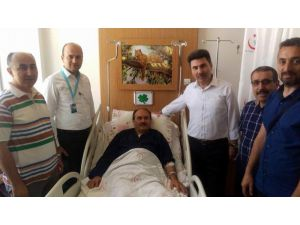Rektör Karacoşkun'ndan geçmiş olsun ziyareti