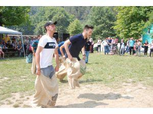 Küçükoğlu Holding çalışanları piknikte stres attı