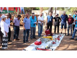 Mersin'de 16 ülkeden 29 ormancıya çölleşme ve yangın eğitimi