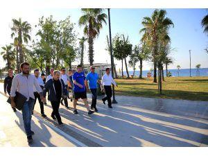Başkan Türel Konyaaltı Sahili'ni denetledi