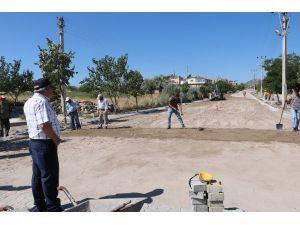 Uçhisar Belediyesi yol çalışmalarına ve park yenilemeye devam ediyor
