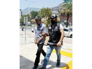 Vergi suçundan aranan şüpheli tutuklandı