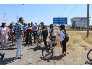 'Türk Kadının Zaferi Bisiklet Turu' Adıyaman'da