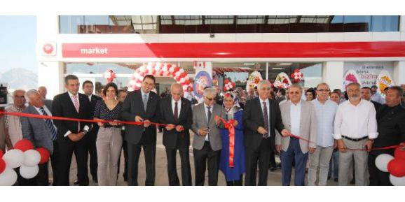 Döşemealtı'na akaryakıt istasyonu açıldı