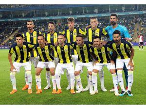 Hazırlık maçı: Fenerbahçe: 3 - Feyenoord: 0 (İlk yarı)