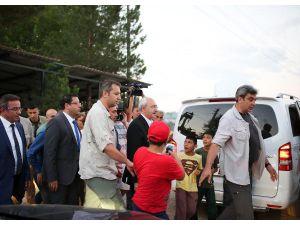 Kılıçdaroğlu'na 'Siyasetin CEO'su' pankartıyla karşılama (3)
