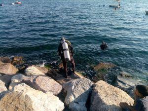 Kartal'da denize giren Suriyeli genç kayboldu
