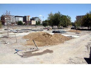 Kardeşlik parkının inşaat çalışması devam ediyor