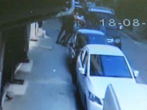Avcılar'da sokak ortasında adamı karga tulumba araca bindirip kaçırdılar