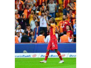 Galatasaray'ı Göztepe karşısında 1-0 öne geçiren golü 58 bin kişi izledi
