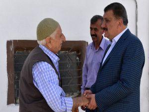Belediye Başkanı Gürkan Babalar Gününü kutladı