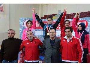 Tekirdağlı güreşçi, Dünya şampiyonasında Türkiye'yi temsil edecek