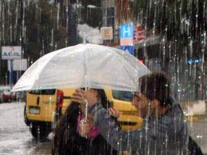Yağışla birlikte hava sıcaklıkları azalacak