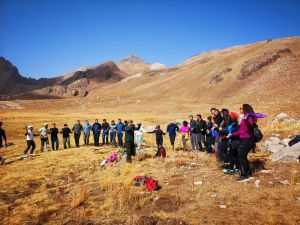 Cisad Öncülüğünde Karadağ'a Zirve Tırmanışı