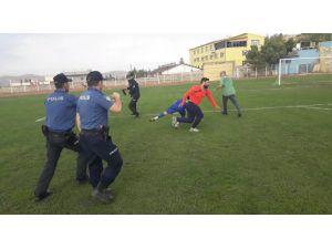 Mardin 1. Amatör Ligi Maçında Kavga