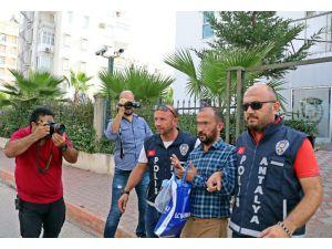 'İcradan Satılık Araç Veririm' Diyen Sahte Avukat Kullandığı Araçta Yakalandı