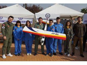 Adü'de 'Öğrenci Toplulukları Tanıtım Günü' Etkinliği Yapıldı