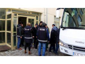 Uşak'ta Fetö'nün Gaybubet Evlerine Operasyon; 10 Gözaltı