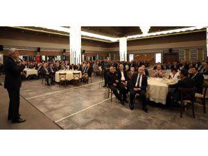 """Başkan Karaosmanoğlu,: """"Muhtarlarımız Yerel Yönetimin İlk Adımıdır''"""