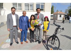 """Belediye Başkanı Yaşar Bahçeci: """"Kırşehir'e Vizyon Kazandırmaya Çalışıyoruz"""""""
