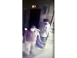 Hasta Numarasıyla Asansördeki Hastanın Parasını Çaldı