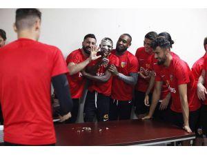 Kayserispor'da Doğum Günü Sürprizi