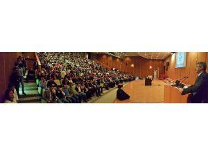 Başkan Akay; Erü Seyrani Ziraat Fakültesi Kariyer Günlerinde