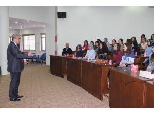 Adü'lü Öğrencilerden Başkan Alıcık'a Ziyaret