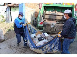 Son Bir Yılda Aynı Evden 29 Kamyon Çöp Çıkarıldı