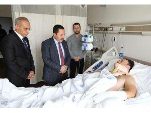 Vali Balkanlıoğlu'ndan Araçla Sürüklenerek Yaralanan Polis Memuruna Ziyaret