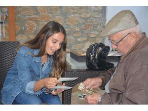 100 Yaş Evi Her Hafta Farklı Bir Etkinliğe Ev Sahipliği Yapıyor