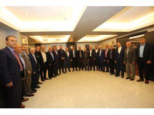 Başkan Alemdar, Serdivan'da Muhtarlarla Buluştu