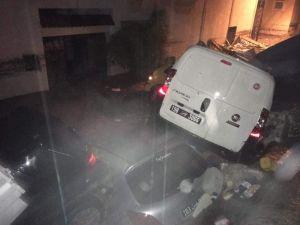 Tunus'ta Sel Felaketi: 5 Ölü, 2 Kayıp