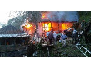 Giresun'da Ev Yangını