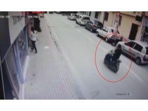 Ticari Araçla Çarpışan Bisikletli Ağır Yaralandı