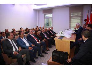 Ankaralılar Meclis'te Ankara Milletvekillerini Ziyaret Etti