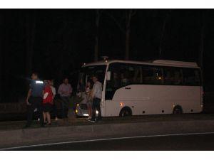 Antalya'da Zincirleme Kaza: 1 Turist Yaralı