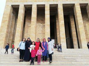 Down Sendromlu Çocuklar Ata'yı Ziyaret Etti