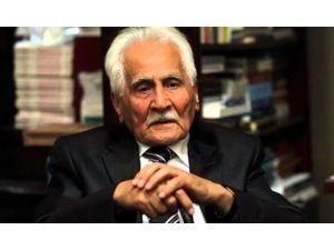 Aü'de Şair Bahattin Karakoç İçin Anma Programı Düzenlendi